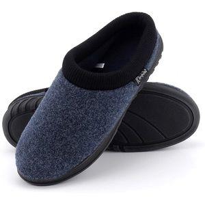 Men's memory foam slippers NWT